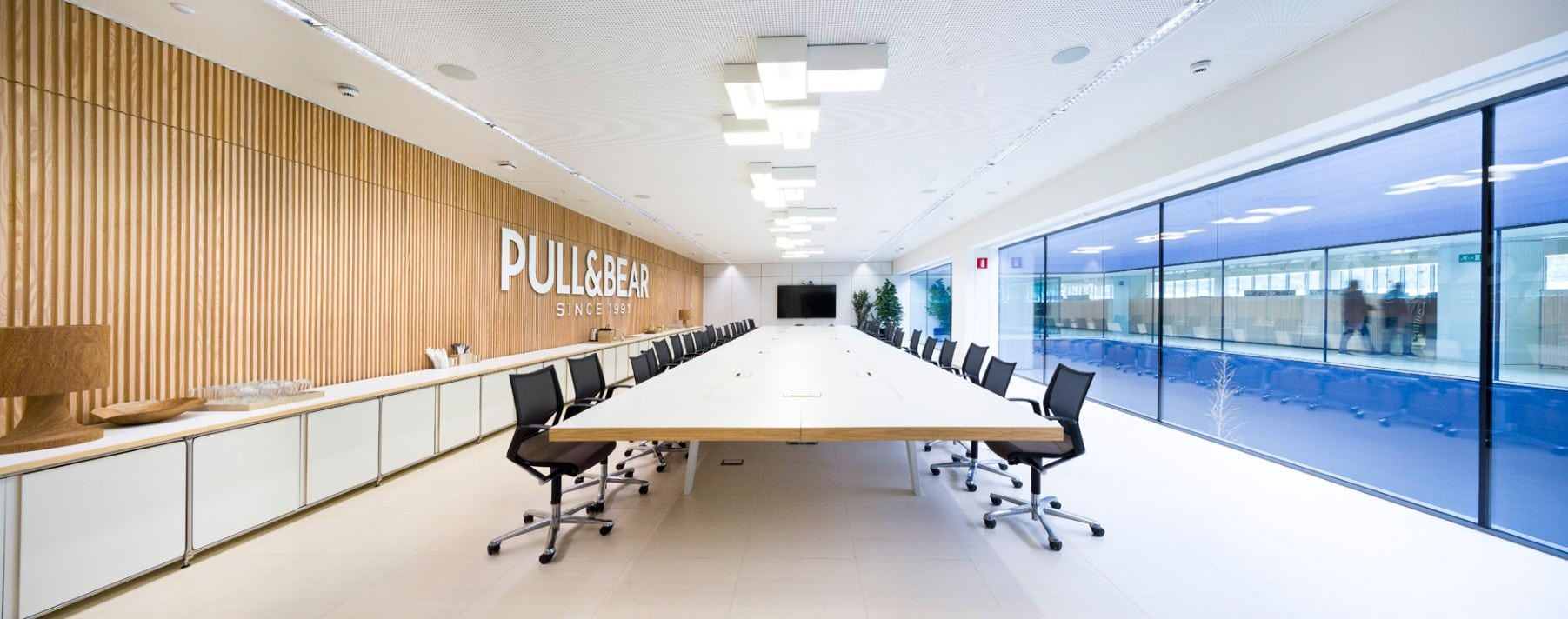 Sala reuniones pull and bear oficinas centrales TRISON